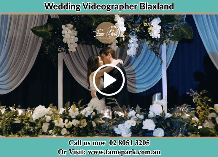 Bride and Groom kissed at the event Blaxland NSW 2774